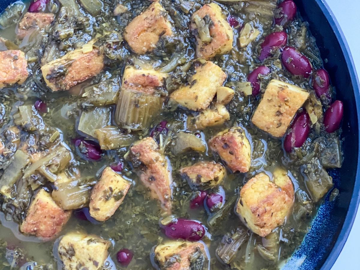Tofu in Khoresh-e-Karafs